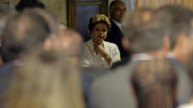 Brasil: Justicia electoral reabre investigación a campaña de Rousseff