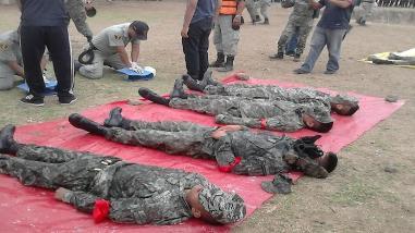 Chiclayo: agentes policiales participan en curso de rescate de víctimas por FEN