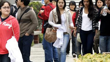 Crisis del empleo juvenil está lejos de terminar, según la OIT