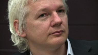 Estiman que Assange podría ser interrogado en unos meses