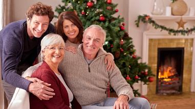 Los ancianos sufren depresión cuando no se ven con sus seres queridos