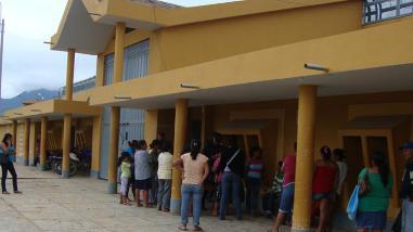 Mujer intentaba pasar droga en el penal San Cristóbal de Moyobamba