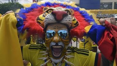 Perú vs. Colombia: los hinchas 'Cafeteros' más raros del Metropolitano