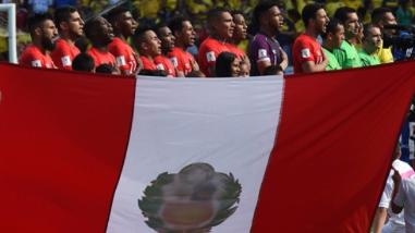 Perú vs. Colombia: Himno Nacional retumbó en el Metropolitano de Barranquilla
