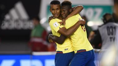 YouTube: relator ecuatoriano lloró con los goles de Erazo y Caicedo