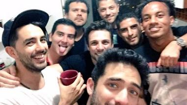 Twitter: ¿Carlos Zambrano y André Carrillo festejaron en su día libre?