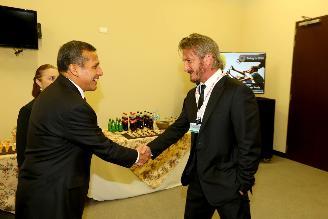 El presidente Humala dialogó con el actor Sean Penn