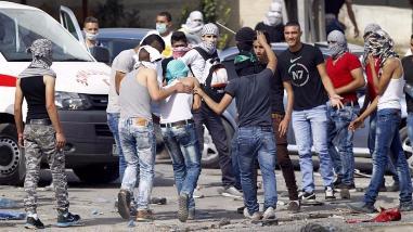 Docenas de jóvenes palestinos ingresaron desde Gaza hasta Israel