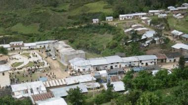 Lambayeque: distribuyen insecticidas para eliminar pulgas de hogares