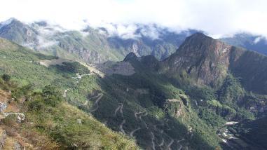 Machu Picchu: sofocan incendio forestal en Collpani