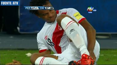 Perú vs. Chile: André Carrillo se lesiona y deja duelo al final del primer tiempo