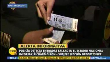 Perú vs. Chile: sorprenden a individuos con entradas falsas en el Estadio Nacional