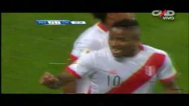 Perú vs. Chile: Jefferson Farfán fusiló a Claudio Bravo y pone adelante a La Blanquirroja