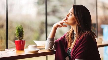 Cómo enfrenta una mujer una ruptura amorosa según su signo