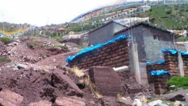 Casas colapsan por lluvias