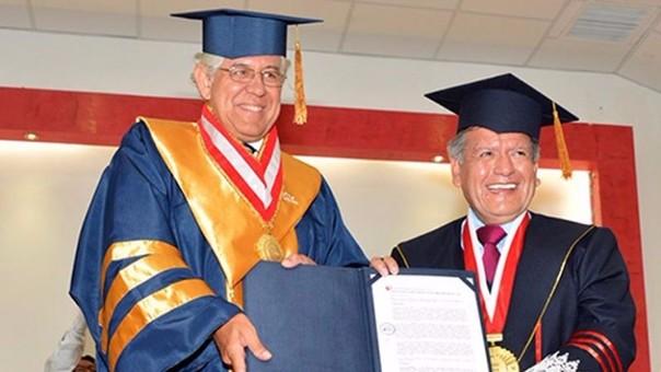 Francisco Miró Quesada renuncia a rectoría de la UCV