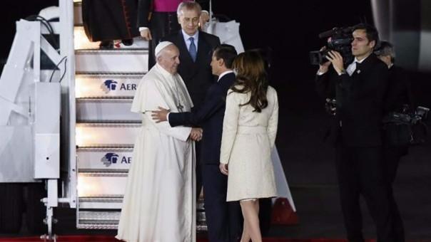 El papa Francisco llega a México para realizar su primera visita al país