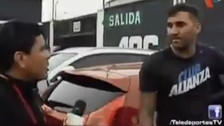 Alianza Lima: Pablo Míguez empujó y amenazó de muerte a periodista (VIDEO)
