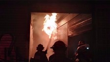 Controlan incendio en avenida Pizarro en el Rímac
