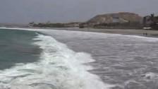 Oleajes generan colapso el desembarcadero de Acapulco