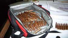 Detienen a colombianos y un menor de edad con armamento y municiones