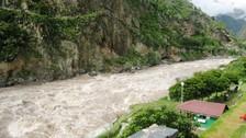 Realizan trabajos de defensa rivereña en el río Vilcanota