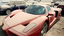 ¿Por qué abandonan autos de lujo en las calles de Dubái?
