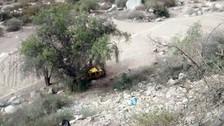 Tres muertos dejó caída de un tico a un abismo de 100 metros