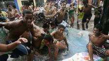 Policía detiene a diez personas en primer domingo de carnavales