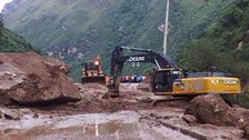 Huarochirí: huaico en zona de Cocachacra bloquea carretera central