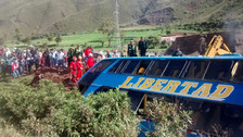 Un muerto y 14 heridos dejó accidente en Quispicanchi