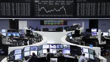 Mercados mundiales se tiñen de rojo por temores de una recesión global