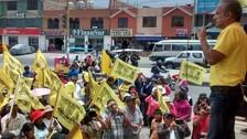 Candidato de Solidaridad Nacional recorrió mercado Río Seco