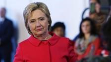 Hillary Clinton: Publican 551 nuevos e-mails, tres de ellos