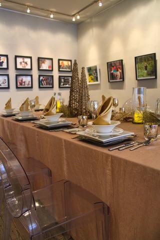 Urban_gallery_sit_down_dinner_for_32.slide