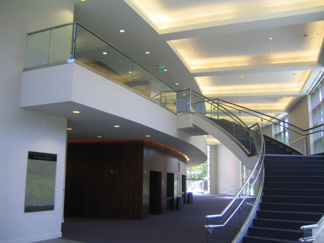 Foyerdaystairs.slide