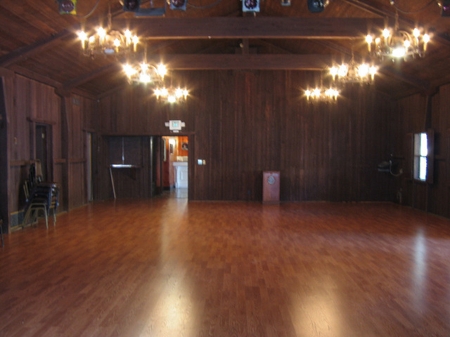 Hall_w_new_floor.slide