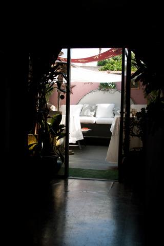 Outdoor-patio-img_5900.slide