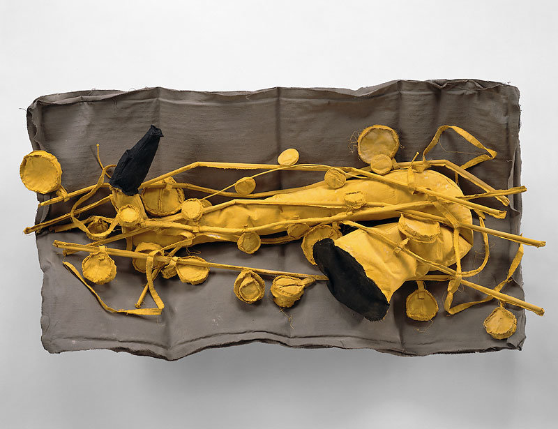 ", 1992. muslin, hardware cloth, polyurethane foam, wood, dacron and latex paint, 11-1/4"" x 24"" x 47"" (28.6 cm x 61 cm x 119.4 cm)."