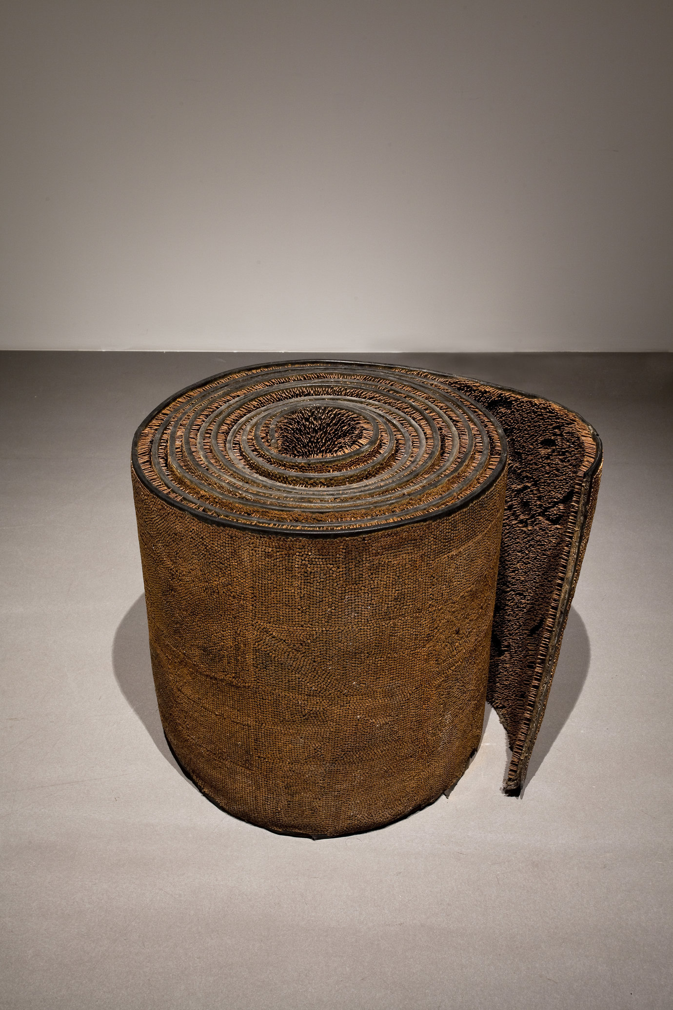 , 1996. Rubber, nails, 66 x 72 x 72 cm.