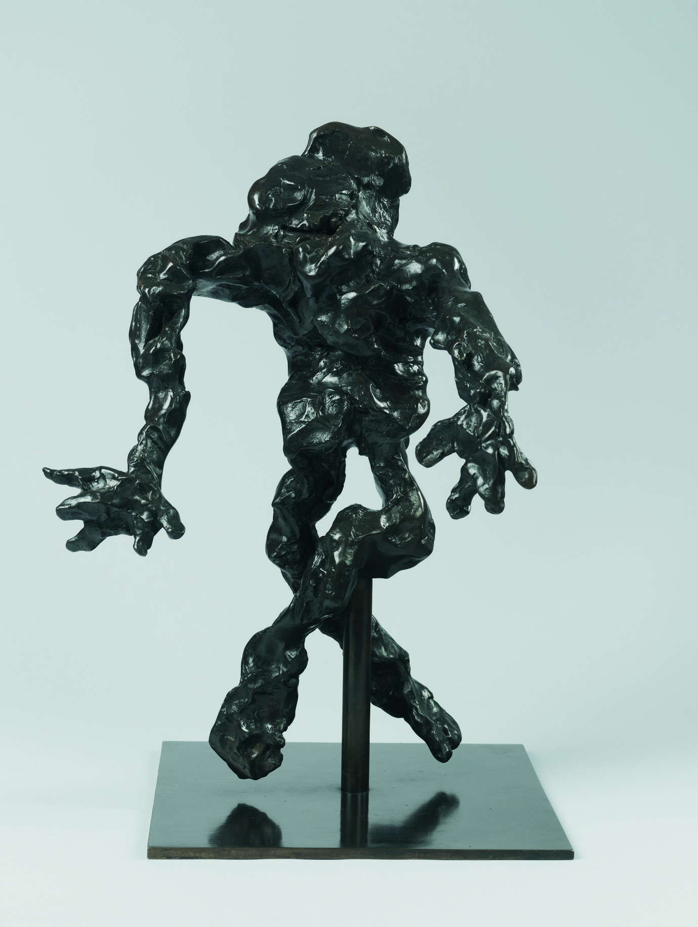 ", 1972. Bronze, 24-1/2"" x 17-3/4"" x 16"" (62.2 cm x 45.1 cm x 40.6 cm)."