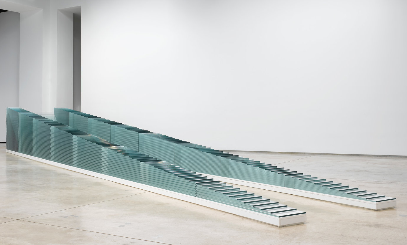 ", 2007. Diamante glass, 46-1/4"" x 34'-9 1/2"" x 62 3/4"" (117.5 cm x 10.6 m x 159.4 cm), overall installed."