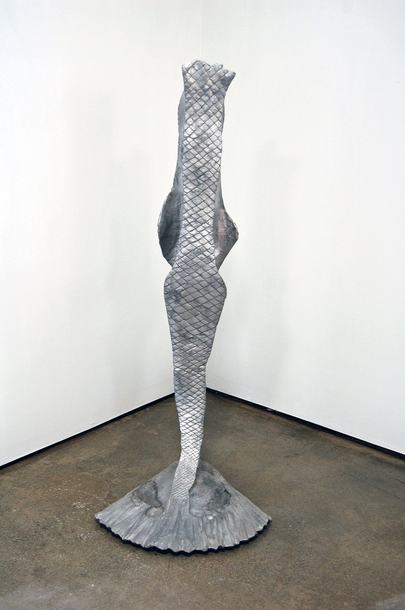 ", 1995. Aluminum, 36"" x 15"" x 15"" (91.4 cm x 38.1 cm x 38.1 cm)."