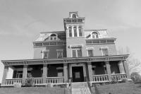 Newport Southgate House B&W