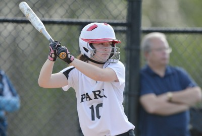 News: Sophomore Lizzie Kane Throws Perfect Game for Girls' Varsity Softball