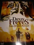 Deux Freres / Two Brothers / REGION 2 PAL DVD / Audio: English, French / Subtitle: French / Actors : Guy Pearce, Jean-Claude Dreyfus, Philippine Leroy-Beaulieu, Freddie Highmore, Vincent Scarito / Director : Jean-Jacques Annaud / 109 minutes's poster (Jean-Jacques Annaud)