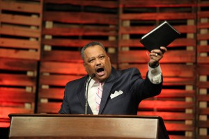 Luter wows crowd with fiery keynote