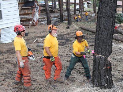 Washington fire survivors see God work through Baptist Relief volunteers