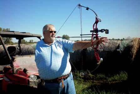 Bullseye! One-armed man hits the mark  in archery, witness
