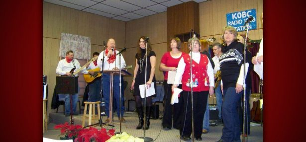 Omaha Baptist celebrates country fun Christmas